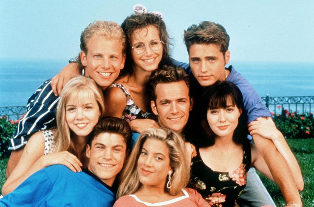 10 series de los 90 que veías en la adolescencia