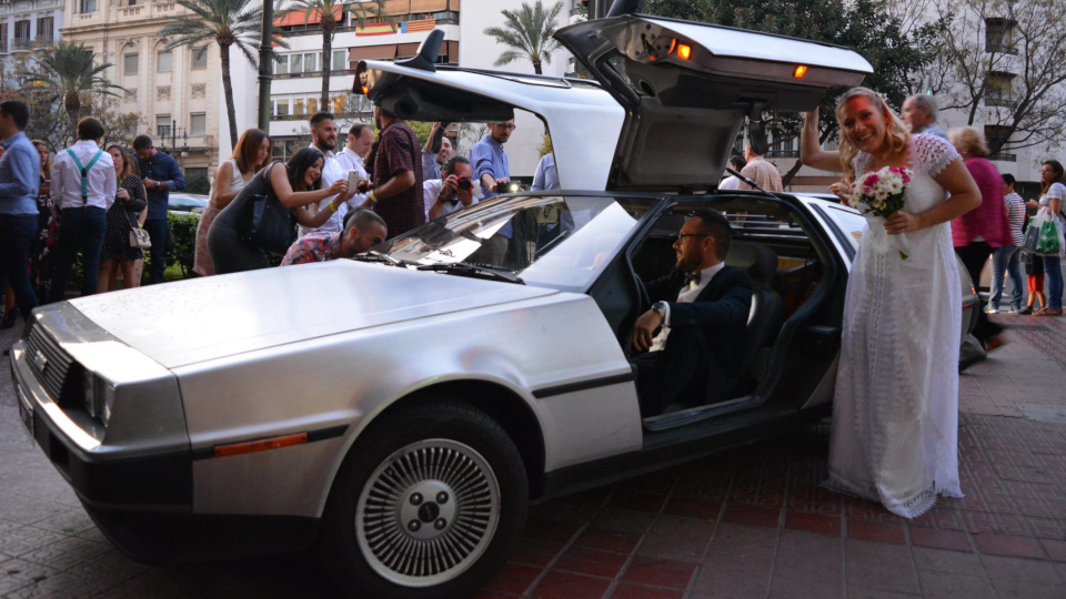 Boda Delorean